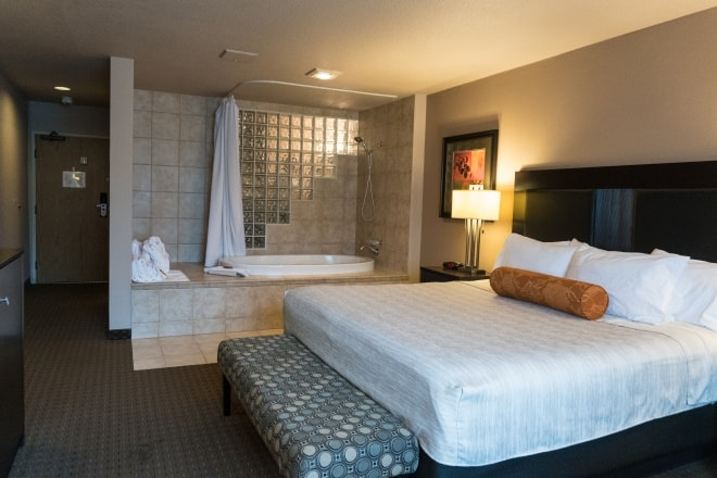 Portland Hotels King Spa Suite Portland, Oregon